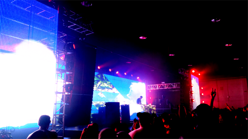 LED walls and Projection